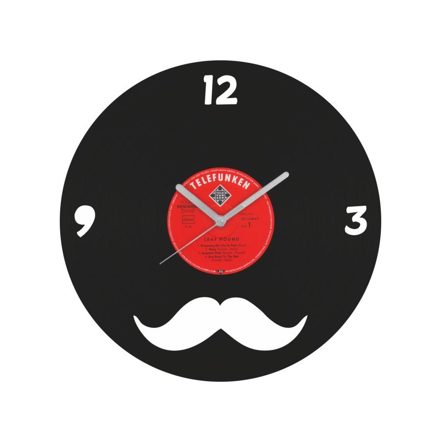Movember laikrodis iš perdirbtos vinilinės plokštelės