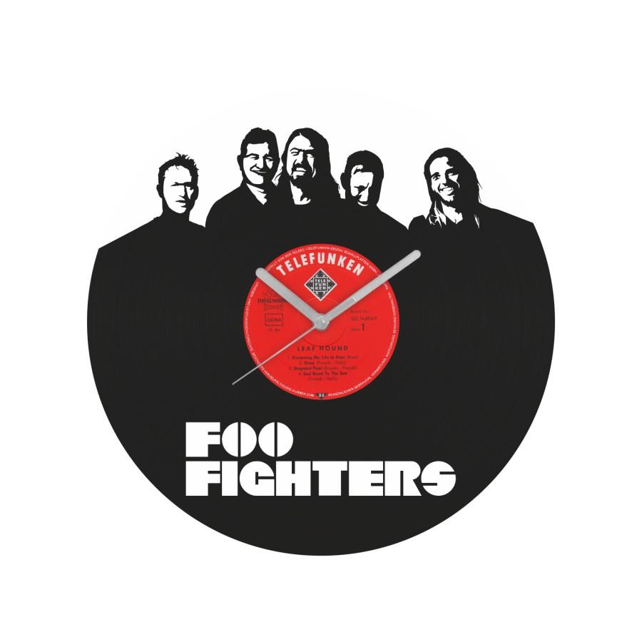 Foo Fighters laikrodis iš perdirbtos vinilinės plokštelės
